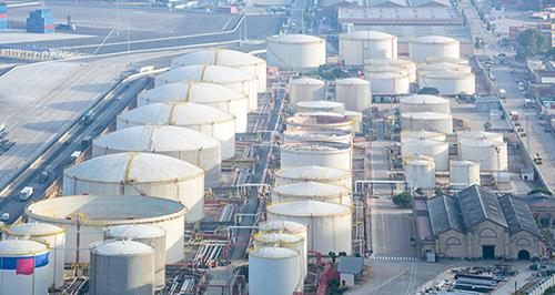 对冲基金在石油输出国组织OPEC争端中大获全胜