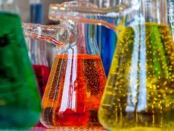 理文化工(00746)再漲超10%破頂 需求旺季供給緊張 四氯乙烯價格創歷史新高