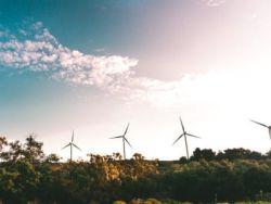 金風科技(02208)急升逾9%領漲風電股 國家能源局擬實施風電下鄉和老舊風電場改造等