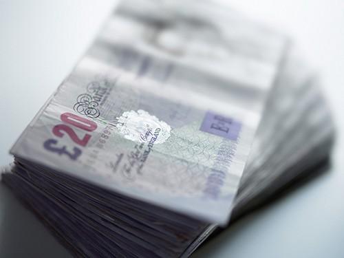 英國 8 月工人數再次增加 24.1萬人,至 2910 萬人