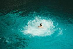 海昌海洋公園(02255)股價異常波動 正與一只亞洲私募股權基金的潛在交易進行協商
